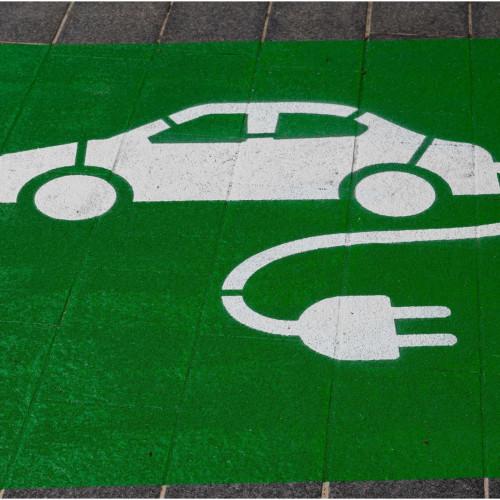 鴻海宣布與電動車品牌Fisker合作,進一步了解鴻海的電動車市場佈局